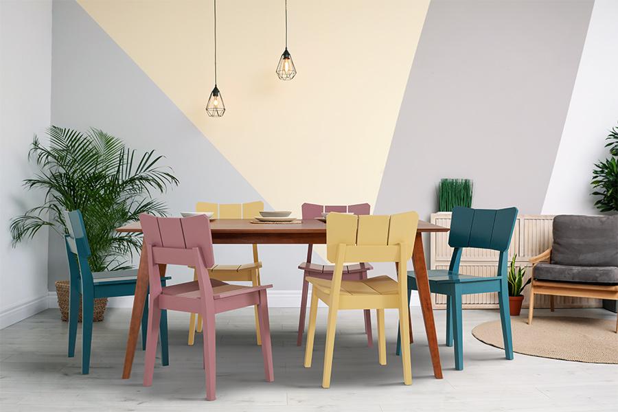 Mesa 6 Lugares Lótus e várias cadeiras Uma candy colors.