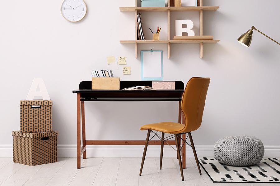 Home Office e Quarto de visitas - Ambiente integrado.   Escrivaninha Tec.