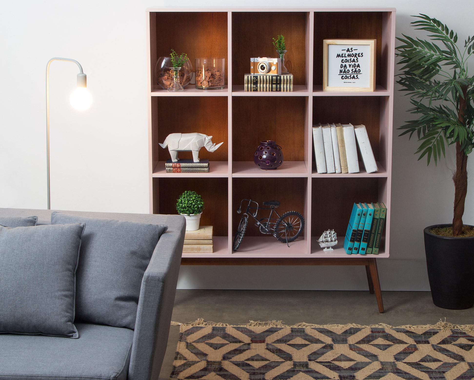 Home Office e Quarto de visitas - Ambiente integrado.   Estante Biscoito Fino Rosa.