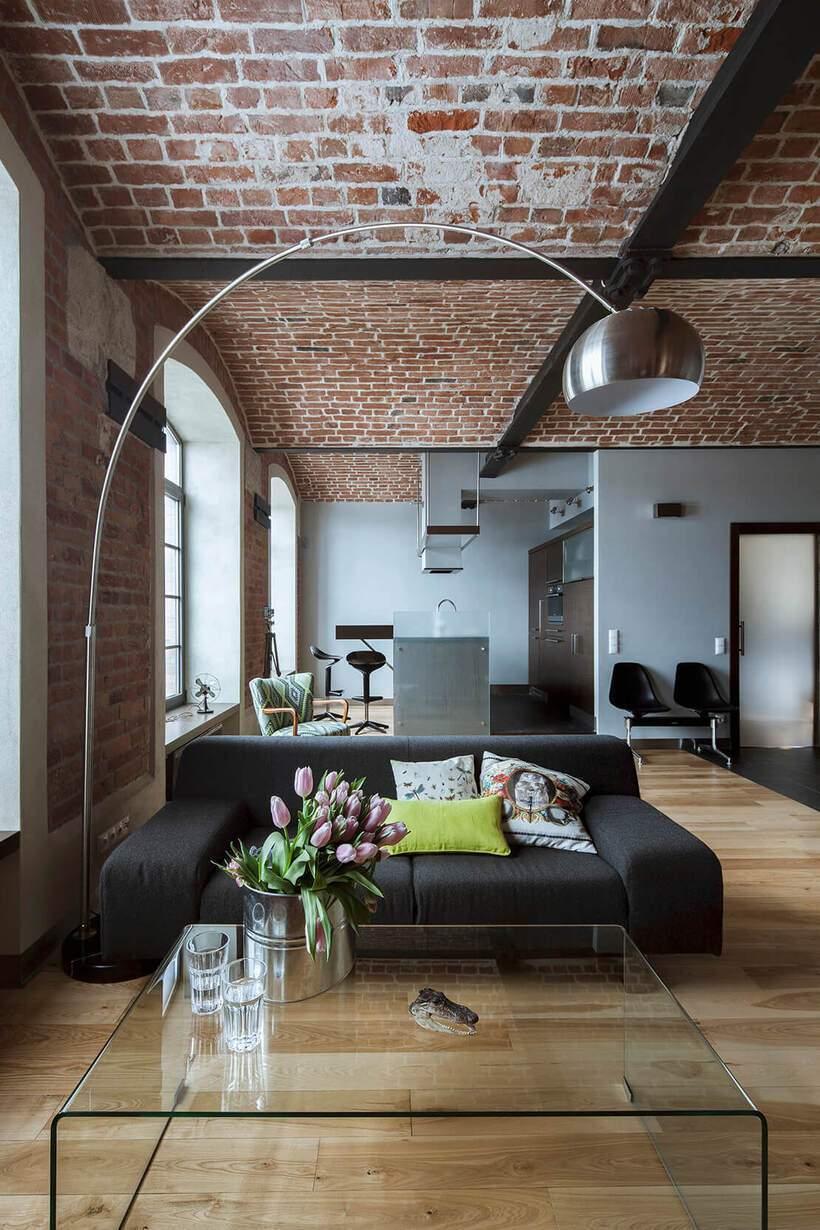 Sala de estar urbana e industrial