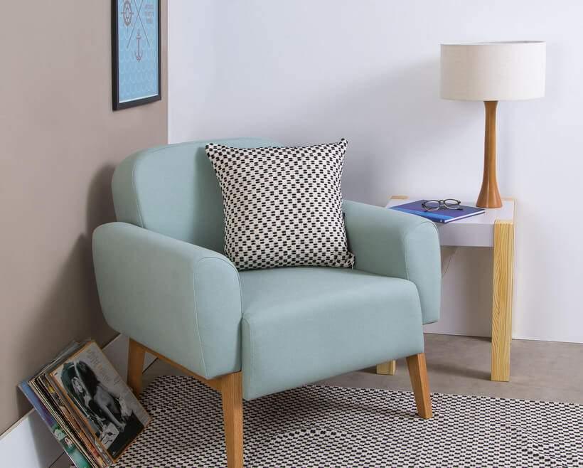 Poltrona também é sofá.