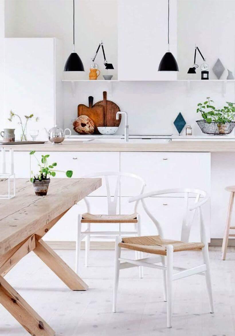 Cozinha escandinava com plantinhas