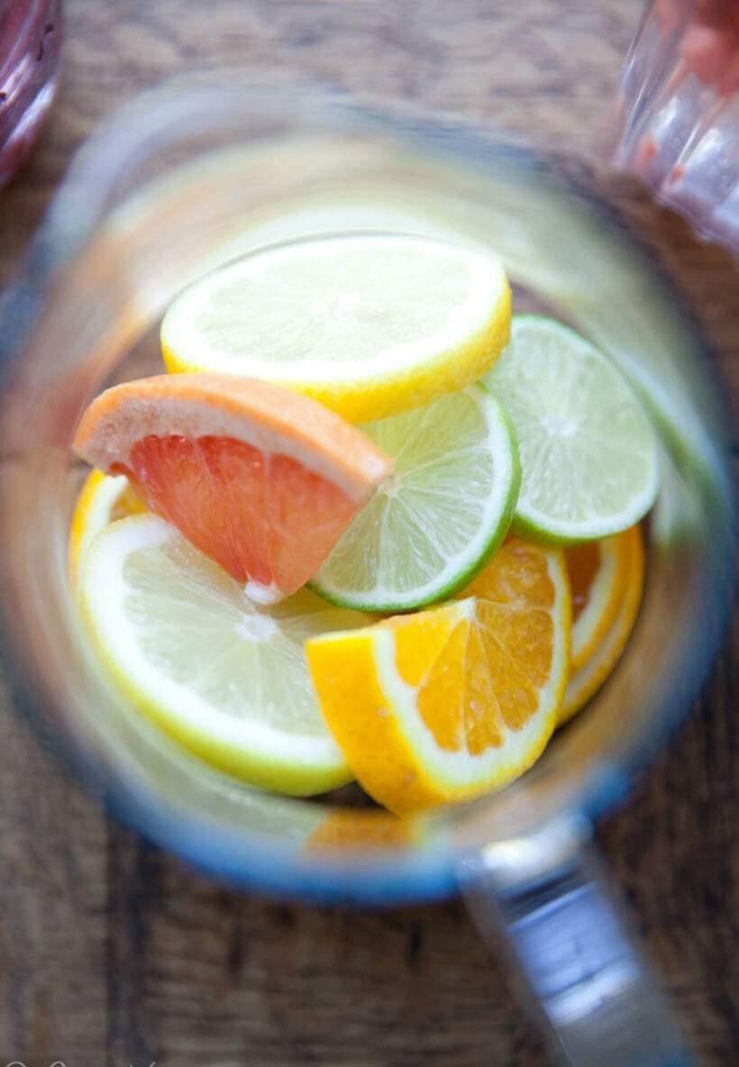 Capriche no mix de frutas – as combinações são infinitas. Foto: Carrie Vitt.