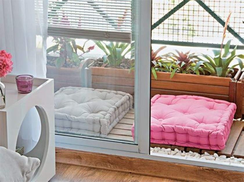Futton em varanda pequena é uma boa solução.