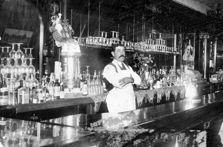 Dia do barman - Anos 30.